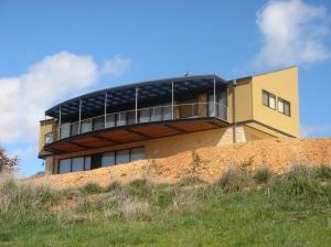 House design takes advantage of location