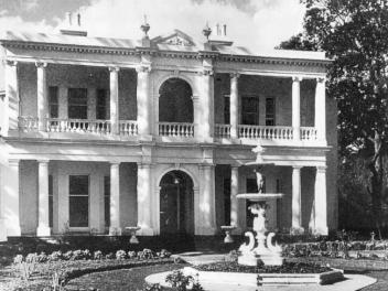 Armadale Mansion, Melbourne