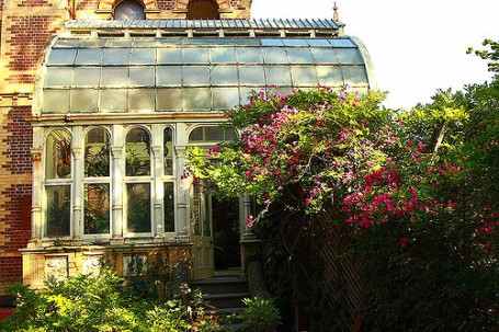 Rippon Lea glasshouse - exterior