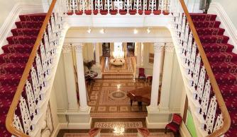 noorilim-staircase-hall3