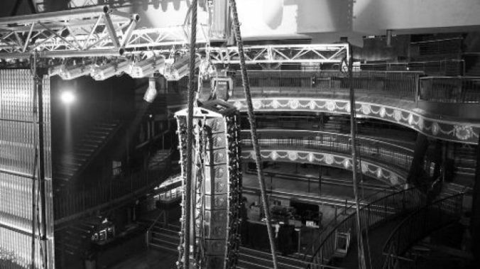 palace_theatre_tear_down_pic_from_facebook.a4876c6eb25a518accb1a42e06971266