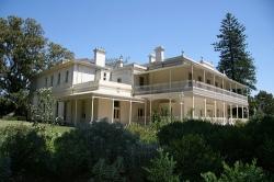 como-house-and-garden1