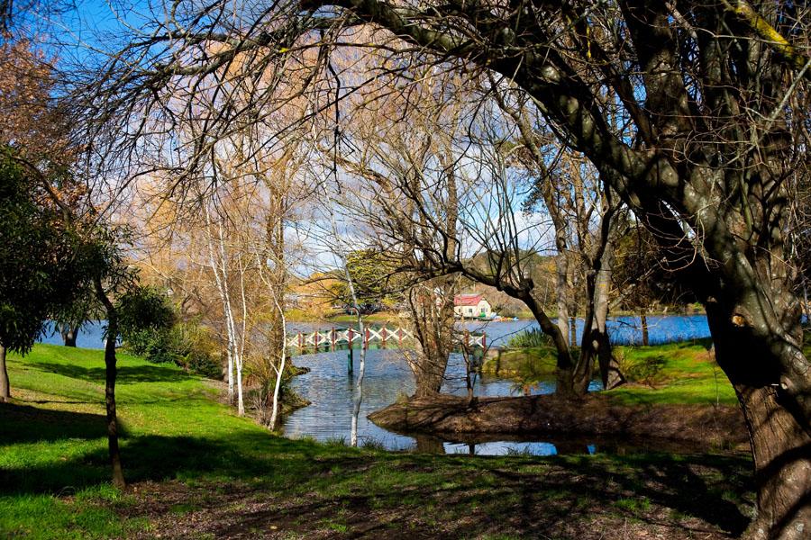 43_Daylesford Lake Villa 1 - Lake view