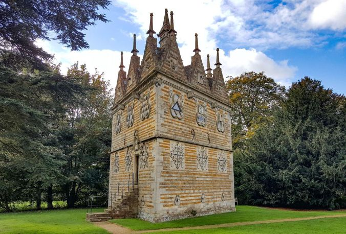 https---blogs-images.forbes.com-geoffreymorrison-files-2016-11-Rushton-Triangular-Lodge-by-Geoffrey-Morrison-11-of-11.jpg