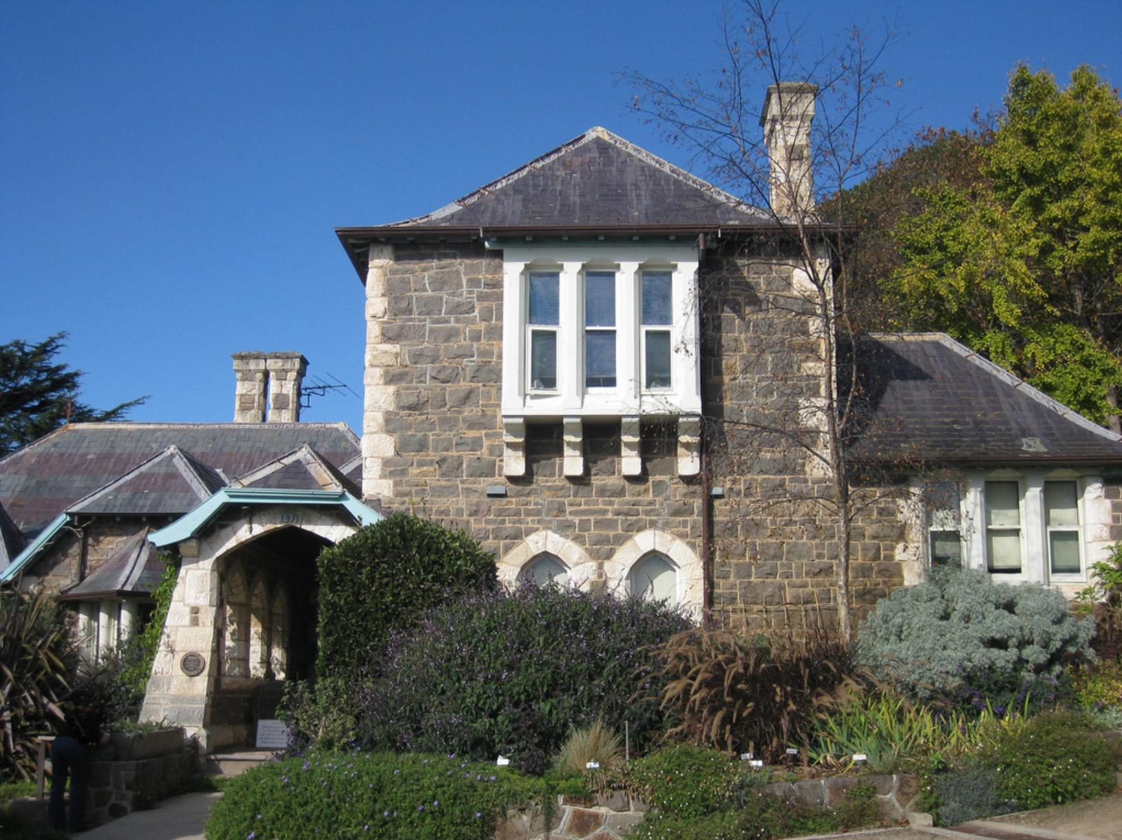 heronswood historical house and garden - dromana copy.jpg