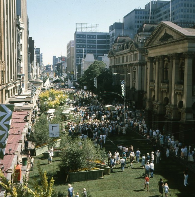 Swanston St covered in turf 1985