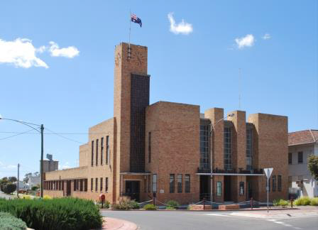 warracknabeal town hall.jpg