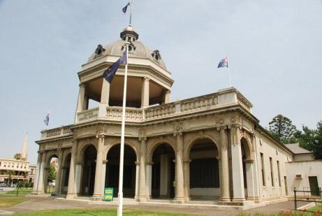 returned soldiers memorial hall.jpg